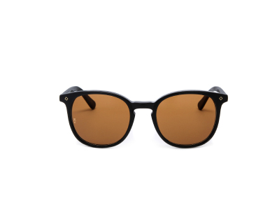 Shop these Wonderland Barstow Sunglasses only $139.99